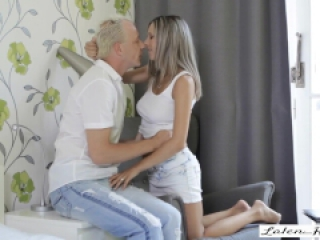 Amazing Sex With Alluring Blonde