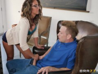 Naughty assistant Layla London loves cock - Brazzers