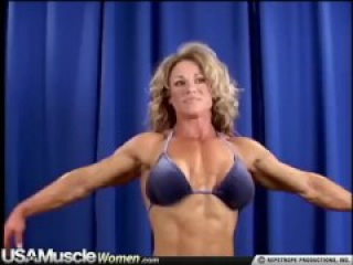 leighsa bailey hot fbb flexing