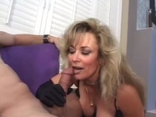 Hot Cougar Anjelica Blows a Big Dick
